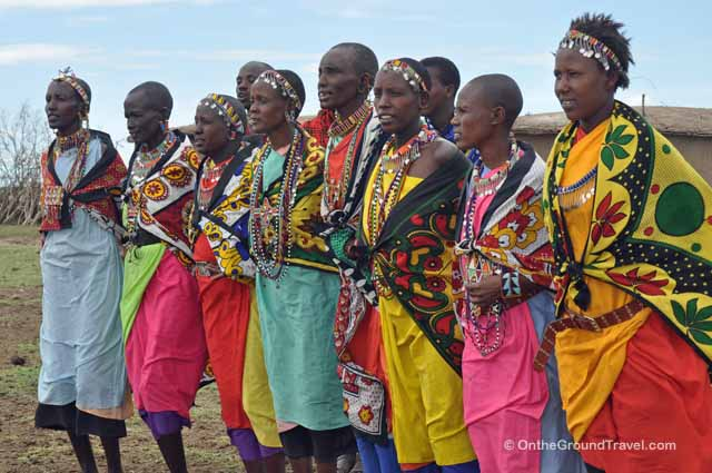 maasai women colorful clothes