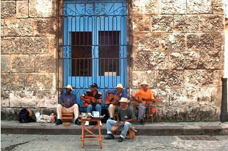 travel the world - havana scam - street band